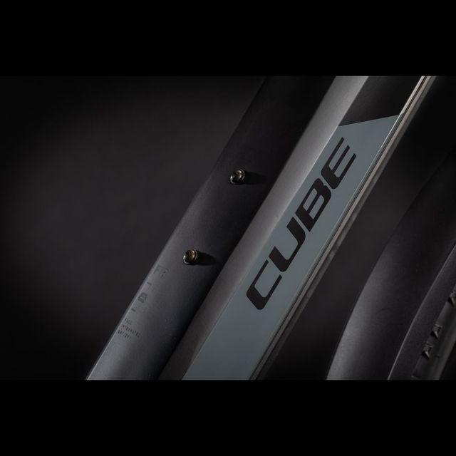 CUBE Reaction Hybrid Pro 625 Allroad 2021 sähkömaastopyörä